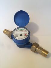 DAE AS200U-75 3/4 inch Potable Water Meter, Measuring in Gallon + Couplings