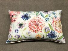 "Voyage 24""x15"" Linen Cushion Covers - ""Hydrangea Pom Pom"""