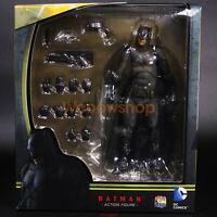 """DC Batman Dawn Of Justice Batman vs Superman 6"""" Action Medicom Mafex IN BOX"""