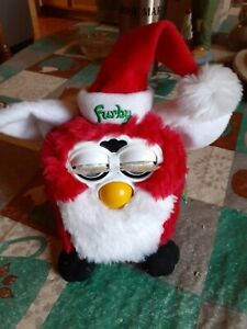 Furby Red & White Special Limited Edition Christmas Santa Holiday Series 1999