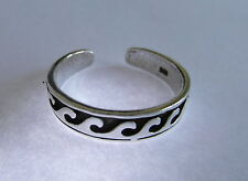 Sterling Silver (925) Adjustable Curved Waves Toe Ring ! Brand New !