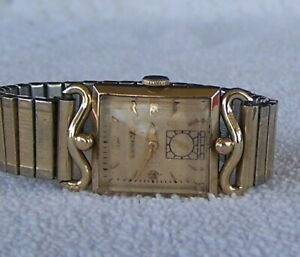 Vintage Mens Bulova L1 1951 Wrist Watch Fancy Lugs 8AD 17 Jewel