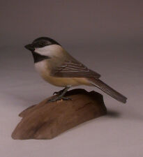 Black-capped Chickadee Bird Backyard Carving/Birdhug