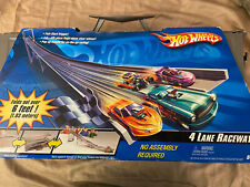 Hot Wheels 4 Lane Raceway 6' Race Track Fold Up & Carry New (box Is worn)