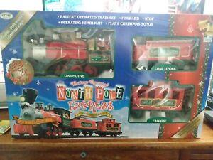 North Pole Express Christmas Train Set Musical Locomotive Tender Caboose 22 Pc