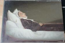 Tableau anc. HSP Une femme sur son lit de mort Att. à Victor RAVET 1840-1895