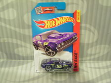 2015 HOTWHEELS ''HW RACE'' #140 = `69 CHEVELLE = PURPLE   int.