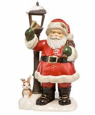 """Goebel """"Auf dem Weg zu den Kindern"""" Weihnachtsmann mit Laterne LED 66-702-09-1"""