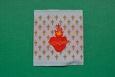 1 écusson insigne tissu patch religieux Sacré Cœur de Jésus Fleur de Lys doré