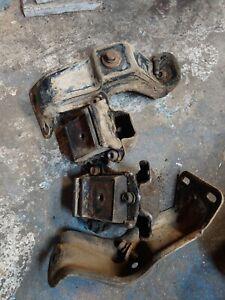 Motor Mount Kit for GMC K1500 Suburban with 250 305 350 379 Engine 1979-1986