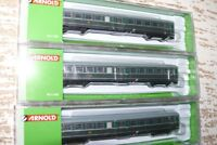 """HS Arnold HN4191  Dreiteiliges Wagen-Set  """"Lowa E5""""  der DR"""