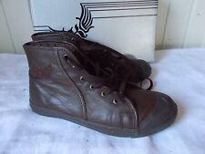 Chaussures montantes marron KAPORAL 5 modele SARA Choco brodé 38F 5UK 7US
