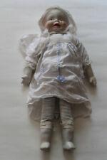 3 Gesichter Puppe Porzellan 26 cm  H, original Kleidung