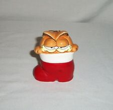 Vtg 1981 Enesco Ceramic Garfield Cat in Stocking Jim Davis Christmas Ornament