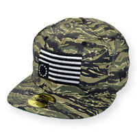 NEW ERA 59FIFTY BLACKSCALE FITTED CAP FLAG CAMO
