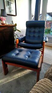 vintage ekornes stressless Amigo recliner and footstool