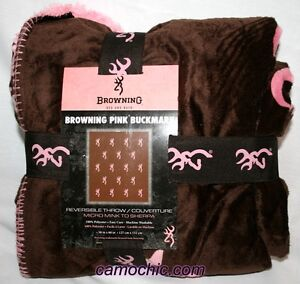 Browning Pink Buckmark Throw, Heavy Weight Micro Mink to Sherpa Blanket