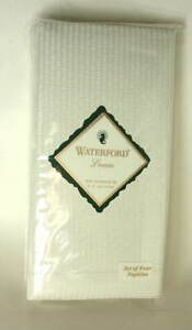 WATERFORD Table Linens Set of 4 Linen Napkins KIRPATRICK Light Green NEW NWT