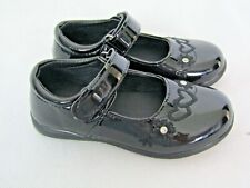 new girls BLACK PATANT SHOES size 8