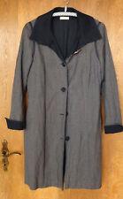 Amano -grauer Mantel gefüttert mit Brosche - Größe 38