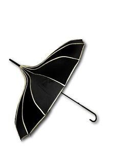 Unique Pagoda Umbrella Windproof Waterproof/ Parasol