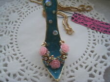 """BETSEY JOHNSON CRYSTAL & PINK ROSES HIGH HEEL SHOE NECKLACE  26""""  # 293"""