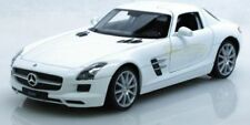 Voitures, camions et fourgons miniatures blancs cars pour Mercedes
