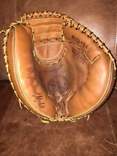 WILSON A2000 SERIES CATCHERS MITT GLOVE MADE IN USA. A2403. USA.