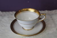 LOVELY AYNSLEY 'ARGOSY' FOOTED TEA CUP AND SAUCER WITH GOLD ENCRUSTED BAND