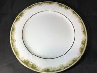 Noritake Japan Warrington Pattern 6872 8.25 Inch Fine China Salade/Dessert Plate