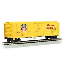 Bachmann 17901 HO-Scale 50' Steel Reefer UP-Union Pacific 166817 Silver Series