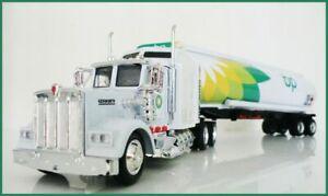 BP W900 KENWORTH  PETROL TANKER OIL TANKER FUEL TANKERS 1/43 TRUCKS