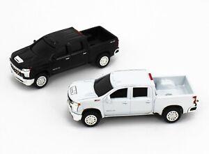 1:64 ERTL 2020 Chevrolet SILVERADO 2500 HD Pickup Truck *PAIR* Black & White NEW