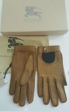 bnwt Burberry Studded driving gloves.sz 6.5 (Xsmall). £369 tan