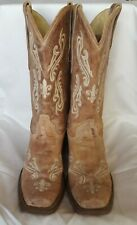 Womens corral boots size 10.5W