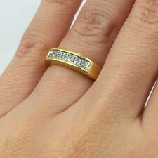 Right Hand Ring in 14k Gold 0.50 Ct Princess Cut Diamond Invisible Set