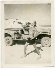 HANDSOME MUSCULAR SHIRTLESS SOLDIER DRINKING BEACH JEEP VINTAGE SNAPSHOT PHOTO