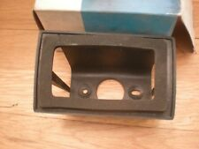 NOS 1970 FORD MUSTANG REAR SIDE MARKER RETAINER LH