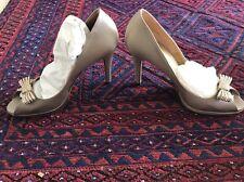 Valentino Garavani Sand Satin Heels With Bow 38.5 $745 Wedding Bridal Shoe