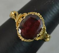 Early Victorian 18 Carat Gold and Garnet Solitaire Ring d0421