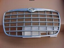 Chrysler 300 grille grill front fender Dodge Magnum dubs 04805928AA 04805926AA