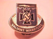 US Military Spec Troops BAT 1st INF DIV DI Pin Clutchback Crest Medal Badge G584