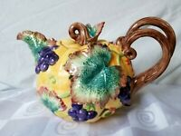 Fitz and Floyd Teapot 1993 Harvest Banquet Pumpkin Grapes Leaves 40 oz. Colorful