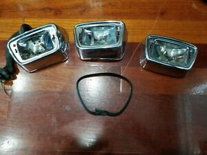 Mercedes Benz W110 Fintail, Heckflosse, front turn signal housing assembly