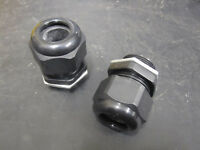 M25 BLACK NYLON CABLE GLANDS INCLUDING GALVANISED NUTS - 13mm - 18mm Cable Size