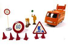 Camion Fourgon Peugeot J7 Autoroutes + Accessoires - DINKY TOYS Voiture MB202