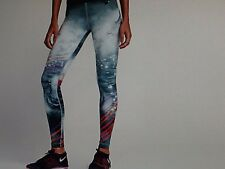 NIKE WOMENS SNEAKER TIGHT OF THE MOMENT SIZE SM NWT 835564 010