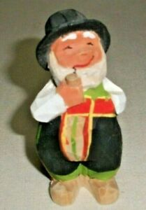 """NORWEGIAN HENNING WOOD CARVING 3.25"""" MAN FROM SETESDAL HAND CARVED NORWAY"""