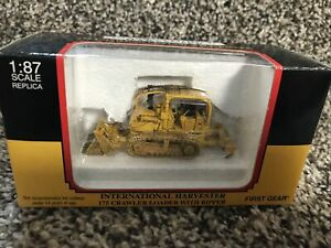 First Gear International Harvester 175 Crawler With Ripper 1/87 Rare