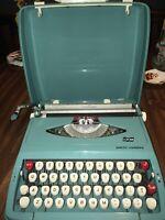 VINTAGE SMITH CORONA CARNEGIE AQUA BLUE PORTABLE TYPEWRITER W/ CASE RETRO